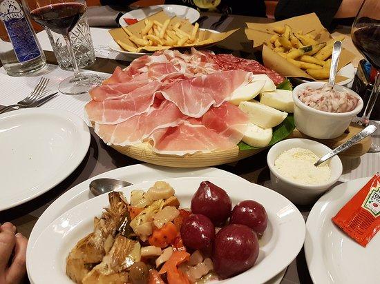 Vergato, Italy: 20170316_202607_large.jpg