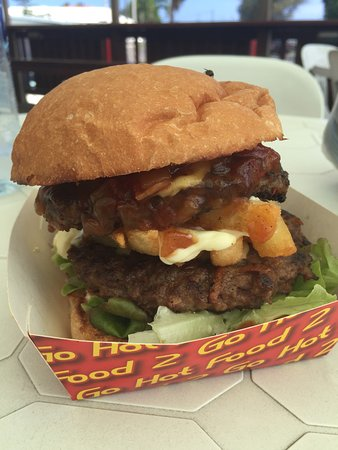 Saltwater Cafe: Grizzly Burger