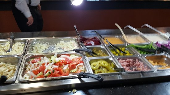 Roanoke, AL: Salad Bar