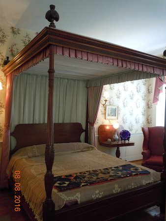Mary Todd Lincoln House: Bedroom where the Lincolns stayed