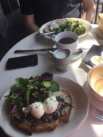 Cafe Chloe: photo1.jpg