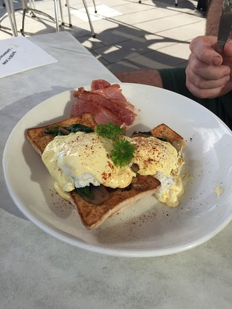The Coffee Club Yeppoon Esplanade