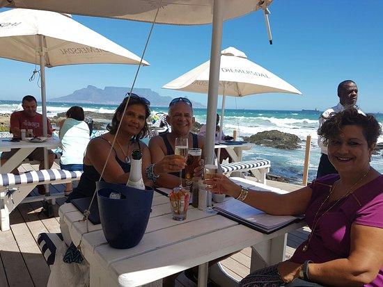 Bloubergstrand, Republika Południowej Afryki: IMG-20170228-WA0006_large.jpg