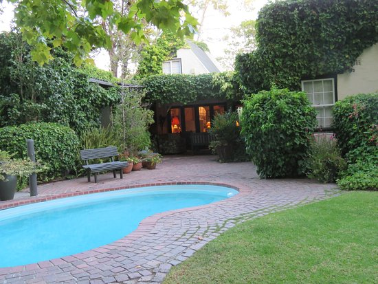 Constantia Stables: A very relaxing pool area