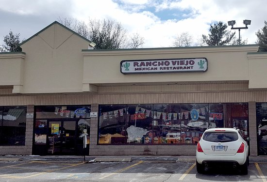 Rancho Viejo: Store Frontage