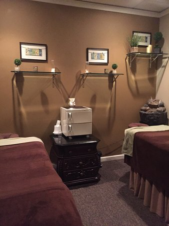 Ethereal Day Spa and Salon: photo0.jpg