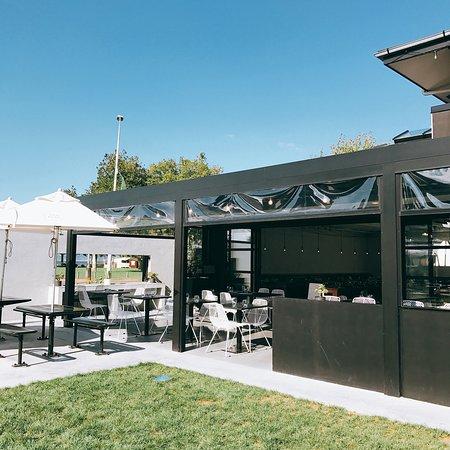 Obr zek za zen terrace kitchen rotorua for Terrace kitchen rotorua