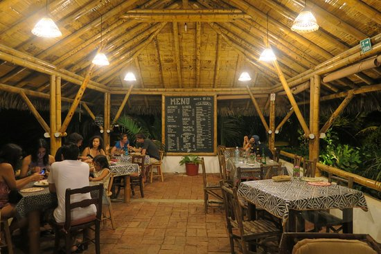 Ayampe, Ecuador: The stunning Italian dinner setting at Los Orishas ❤️