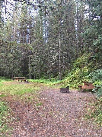 Exshaw, Canadá: Boulton Creek Campground