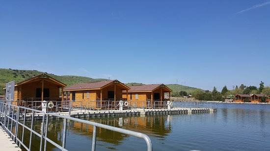 Santee, CA: Floating cabins