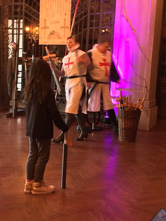 Casa Loma: Workshop teaching kids the etiquette of being a knight
