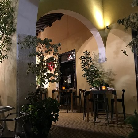 Photo of Italian Restaurant La Tratto Santa Lucia at Calle 60 At 55, Merida 97000, Mexico
