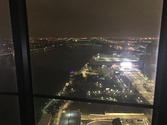 Detroit Marriott at the Renaissance Center : photo0.jpg