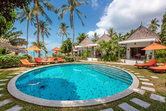 Secret Garden Beach Resort: Swimming Pool
