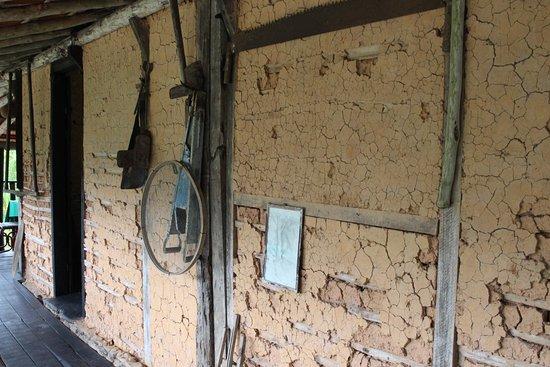 Tapirai, SP: casa centenária