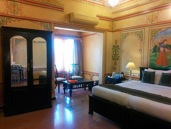 Chunda Palace Hotel Photo