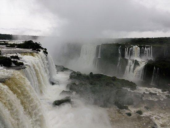 Cataratas do Iguaçu: Iguazu Falls--Briazil