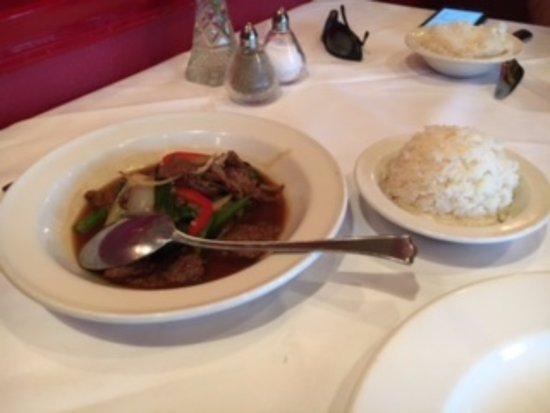 Photo of Asian Restaurant Duangrats at 5878 Leesburg Pike, Falls Church, VA 22041, United States