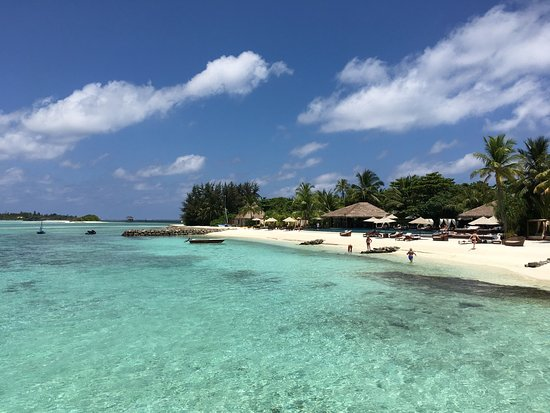 The Residence Maldives: Fantastic hotel! The meal is very tasty, staff is very helpful, rooms very convenient, beautiful