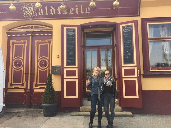 Wiener Lady sucht Freundschaft (13085775) aus Hietzing