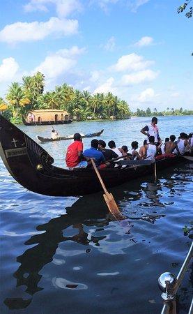 Aquabliss : Enjoy the backwaters --- on the backwaters
