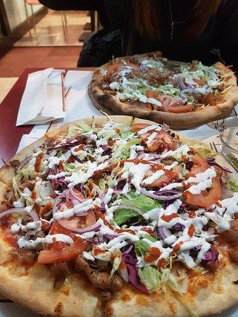 Pizzeria Santa Maria (クザーノ・ミラニーノ) の口コミ6件 - トリップ ...