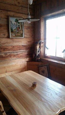 Groeber Hutte: sala pranzo