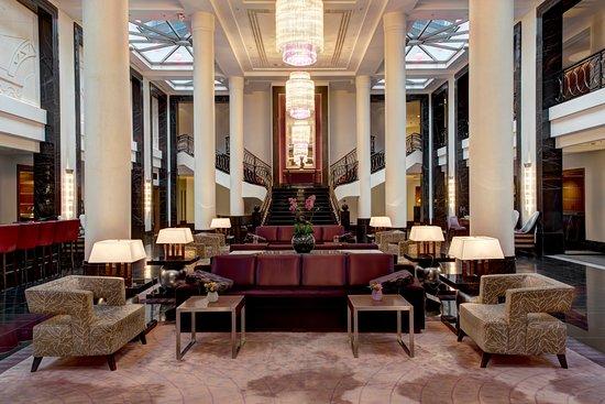 Corinthia Hotel St. Petersburg: Main Lobby of Corinthia Hotel St Petersburg