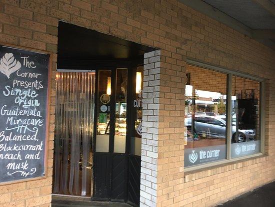 Gisborne, Avustralya: Street entrance
