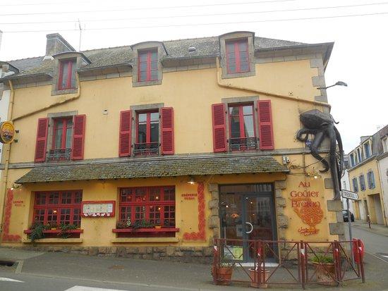 Au Gouter breton chez Tudal : facade de la creperie