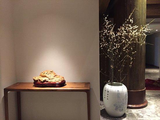 Danjiangkou, China: 一间多么美好的酒店,度假、养生、亲子、喝茶、会议、发呆、画画。。。一家可以真正住下来的酒店。体贴入微的管家服务。不想走了。