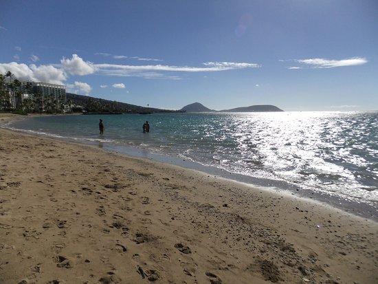 Waialae Beach Park: photo2.jpg