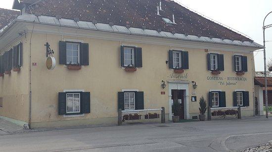 Begunje Na Gorenjskem, Slowenien: 20170318_085307_large.jpg
