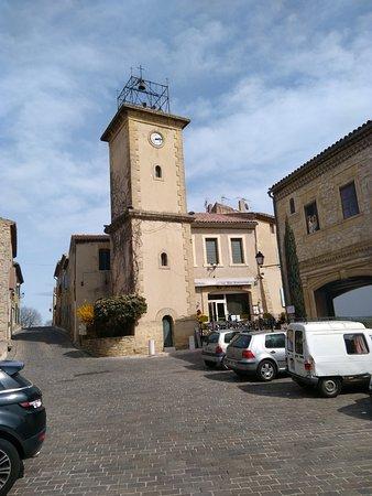 Cornillon-Confoux, France: restaurant le Beffroy