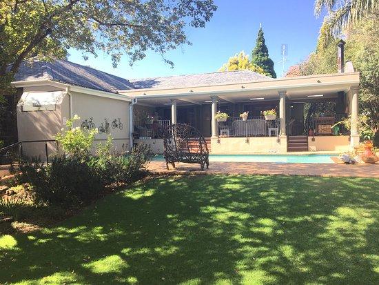 Randburg, Νότια Αφρική: Lovely peopele, and a very nice place to stay over.  Sehr schöne Unterkunft, und sehr freundlich