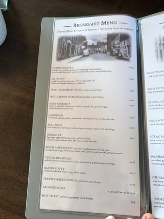 Dungannon, UK: Interior shots including the view you get. Also attached the menu in pics. Great selection