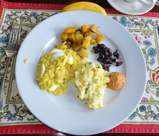 Dining at the Hermitage: Kedgeree, sauteed potatoes, beans and scrambled eggs