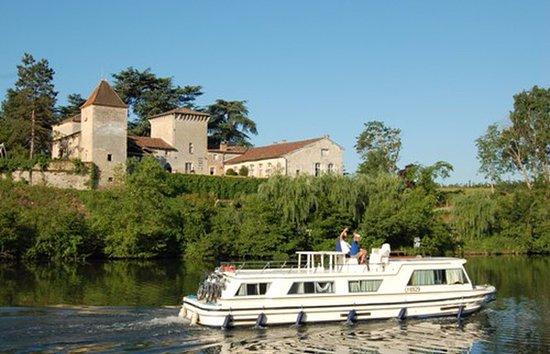 Bias, France : Château de Favols
