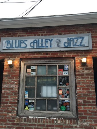 ‪Blues Alley‬