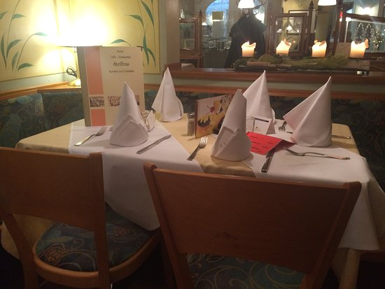 Hotel Cafe - Restaurant Steffens: Tische
