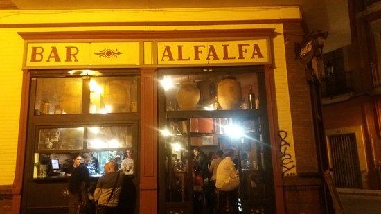 Bar Alfalfa: 20170319_210744_large.jpg