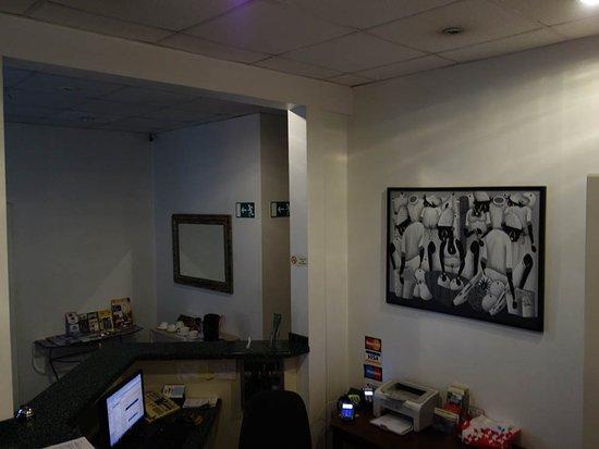 Hotel La Petite Maison : Reception