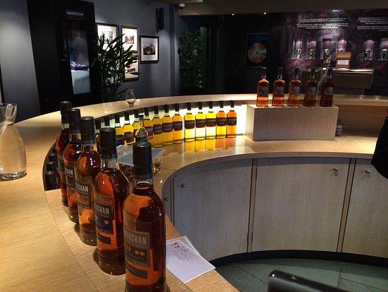 Auchentoshan Distillery : photo2.jpg