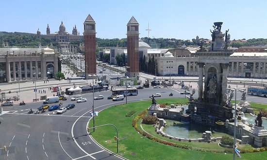 Photo of Monument / Landmark Placa Espanya at Plaça D'espanya, Barcelona, Spain