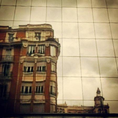 Plaza Espana : reflejos