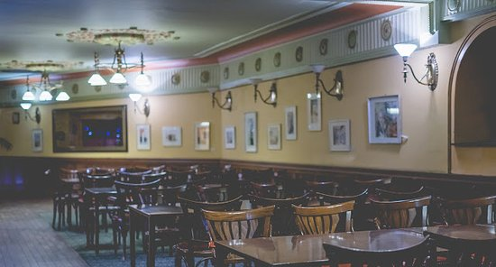 Centrál Kávéház és Étterem: Centrál Kávéház