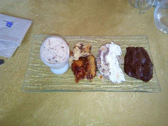 Eygliers, France : Dessert café gourmand