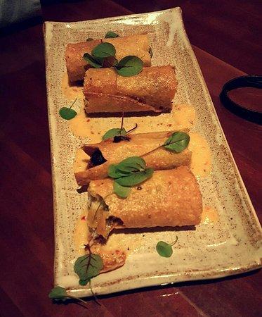 Cantina Laredo: Spicy Chicken Taco Starter