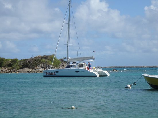 Private Yacht Charter SXM: Our sailboat for the day.