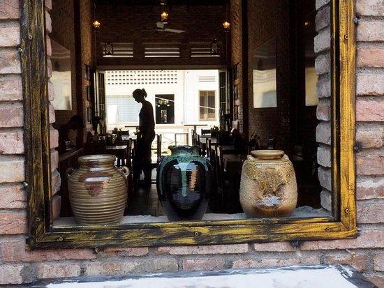 The Lonely Tree Cafe: Ambiente acogedor para sentirte como en casa